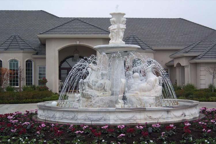 指用以优化环境的人工喷水设备,是雕塑造型的一种,一般泛指放置在千赢国际官网周围的一个雕塑